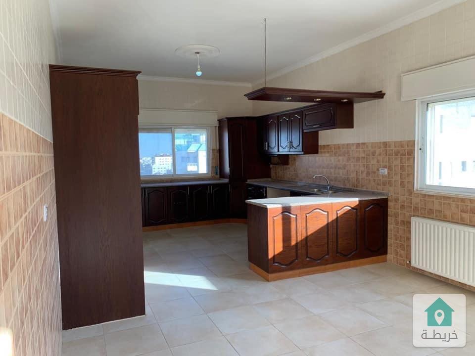 شقة طابق ثالث للبيع في تلاع العلي ٤٢٠ م بسعر لقطة بداعي السفر