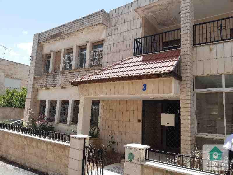 ارض سكنية للبيع قرب الدوار السابع