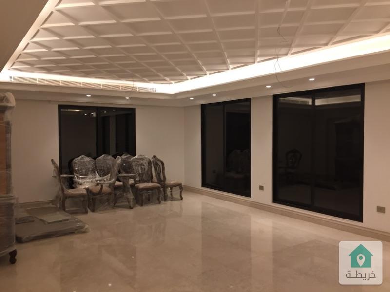 شقة طابقية فاخرة للبيع في خلدا (ام السماق) طابق ٢ مساحة ٣٣٥ م