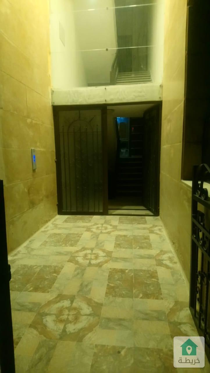 شقة للبيع في خلدا طابق ثاني مساحة 145 متر بسعر مغري