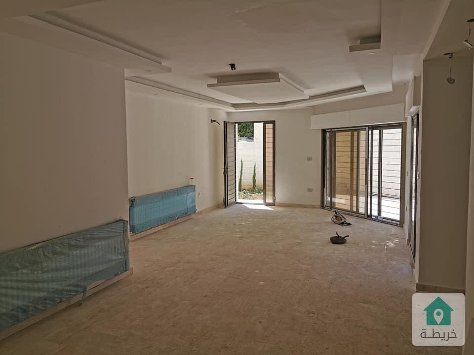 شقة ارضية فاخره للبيع في دابوق(المواصفات والمقاييس) ٢٢٠ م بسعر مغري