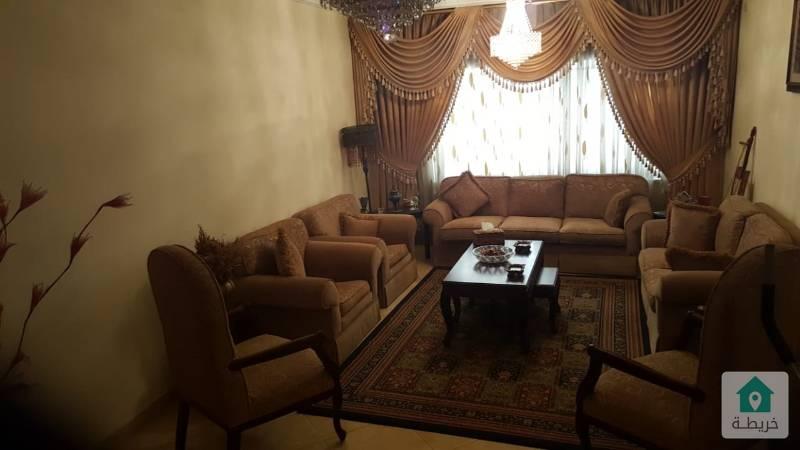 شقة + روف للبيع بضاحية الرشيد بجانب سكن اميمة 485 متر مطلة وكاشفة بعمارة عائلات