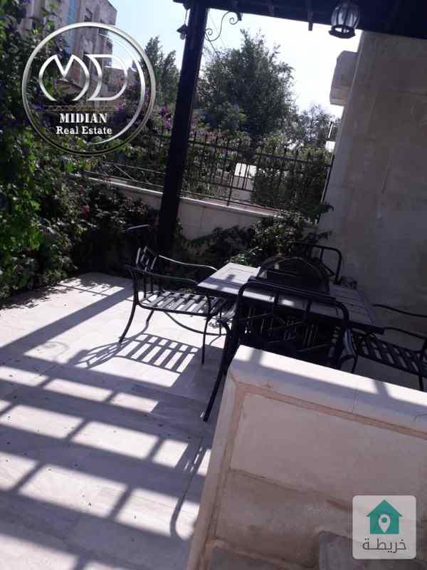 شقة ارضيه مفروشه للايجار - خلدا خلف البنك العربي - مساحة 190م مع حديقه 120م .