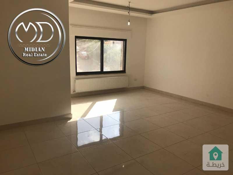 شقة جديده - للبيع طريق المطار مساحة 150م - طابق اول - بسعر مناسب مع امكانية التقسيط .