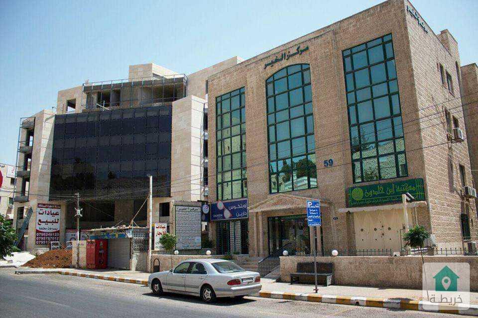 عيادة مميزة للإيجار في شارع الخالدي مساحة 112م