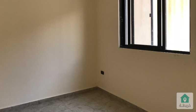 شقة دوبلكس مقسومة 4 استوديوهات طابق ارضي للبيع بالاقساط في شارع الجامعة