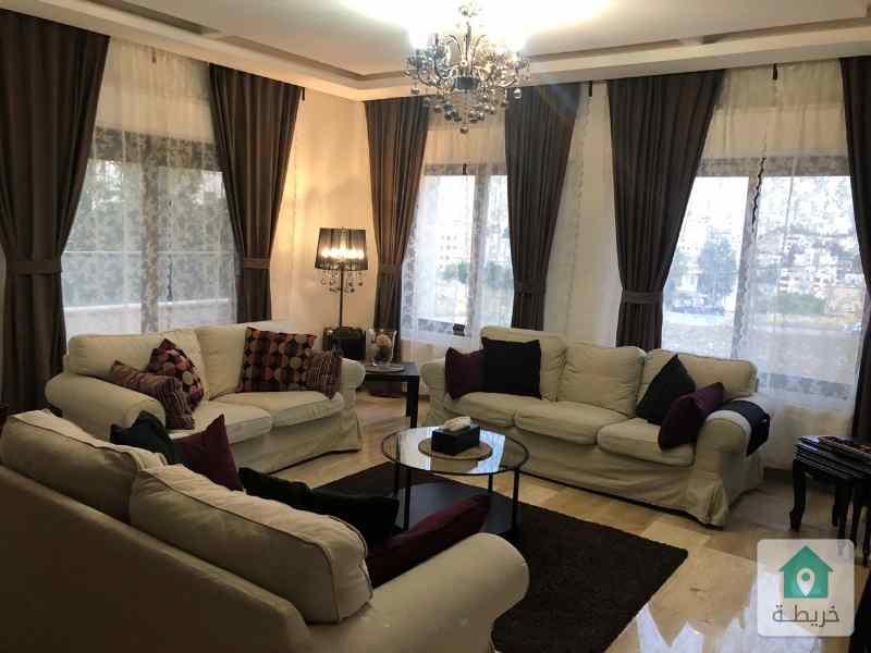 شقة للبيع حي الكرسي مساحة ١٦٧ متر