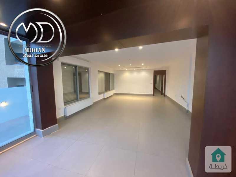 شقة دوبلكس ارضية فارغة للايجار - ديرغبار مقابل جونيا مساحة 280م - حديقة 300م -سوبرديلوكس