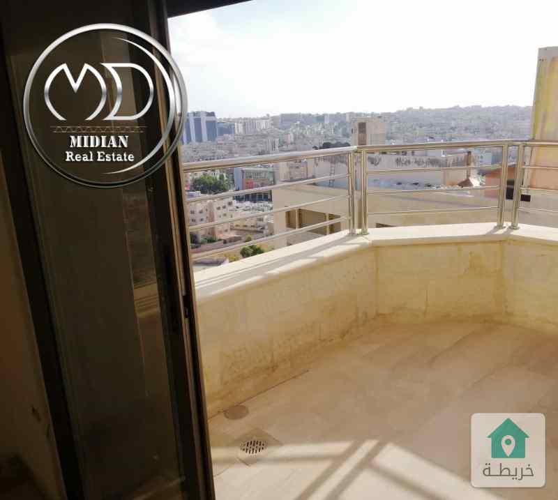شقة اخير مع روف للبيع - الرابية خلف الاتصالات - مساحة 380- اطلالة رائعة وبسعر مميز .