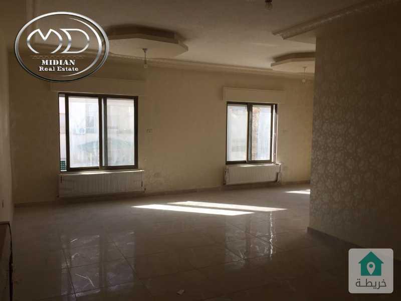 شقة للبيع - الجندويل قرب بيت المفتول - مساحة 190م - طابق اول تشطيب سوبرديلوكس .
