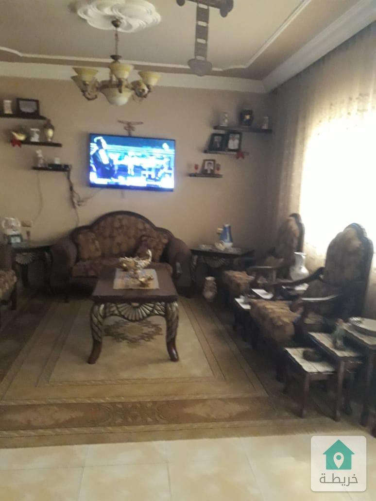 شقة مستقله للبيع في جبل طارق الزرقاء