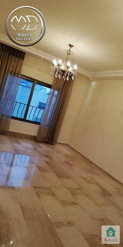 شقة فارغة للايجار - ام السماق قرب مدارس الجزيره مساحة 150م - طابق ثالث اطلالة جميلة .