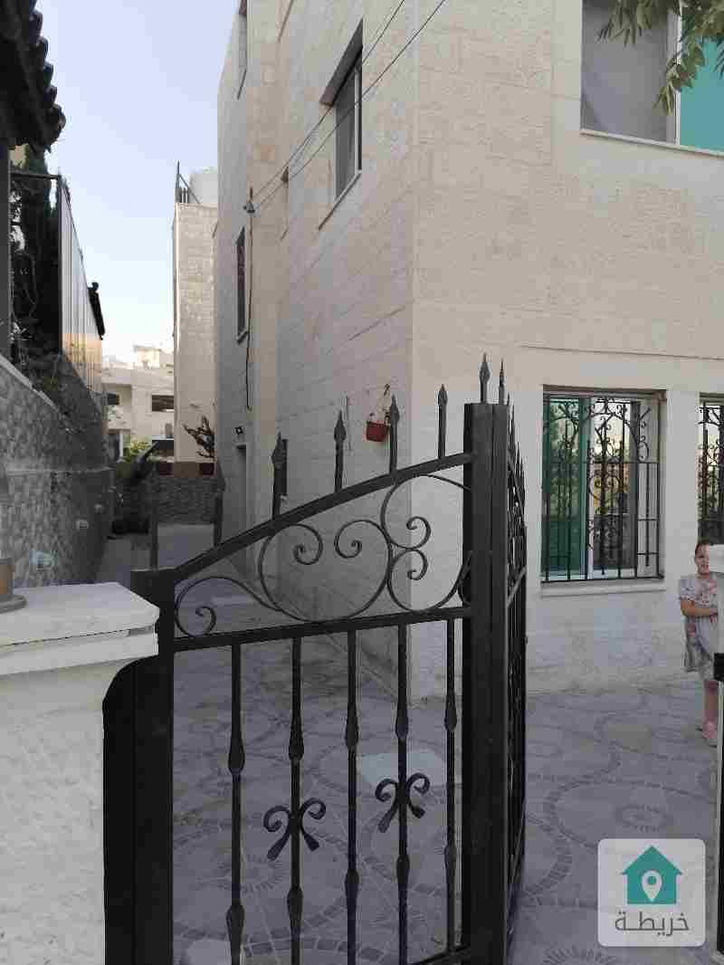 منزل مستقل دوبلكس للبيع ٢٤٠م طابقين منفصلين في طبربور حي الشهيد الجنوبي