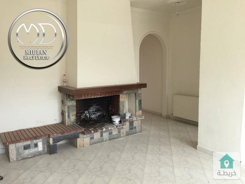 شقة فارغة للايجار خلدا قرب الهمشري - مساحة 160م طابق ثالث - اطلالة رائعة .