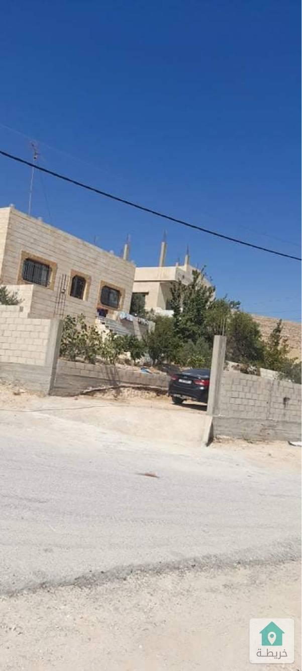 بيت مستقل واجهتين حجر في الرياض بيرين ٧٥٠٠٠ قابل للتفاوض
