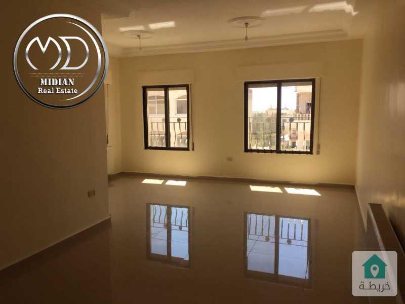 شقة فارغة للايجار - الجندويل خلف لارسا مساحة 150م - طابق اول- بسعر مناسب .