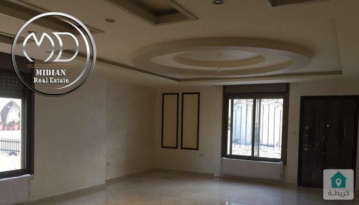 شقة شبه ارضية جديدة للبيع تلاع العلي قرب مستشفى تلاع العلي مساحة 200م مع ترس 25م سوبر ديلوكس