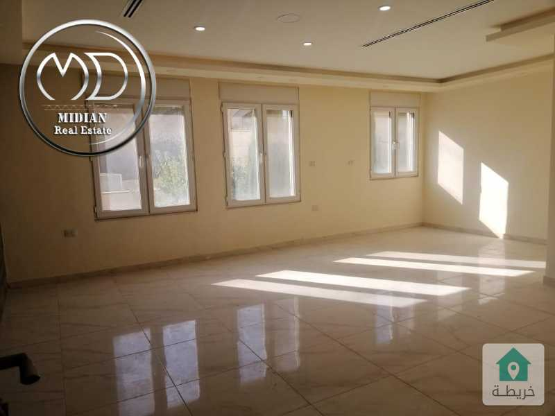 شقق جديدة فارغة للايجار الصويفية قرب زيت وزعتر مساحة 100م تصلح للعرسان