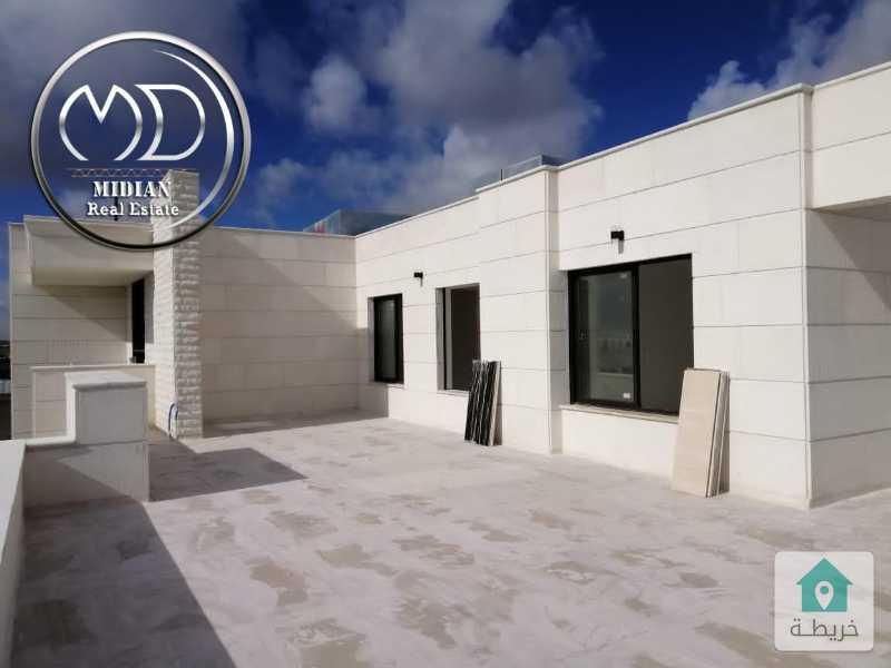 شقة دوبلكس اخير مع روف للبيع ام السماق قرب مكة مول مساحة 275 اطلالة رائعة .