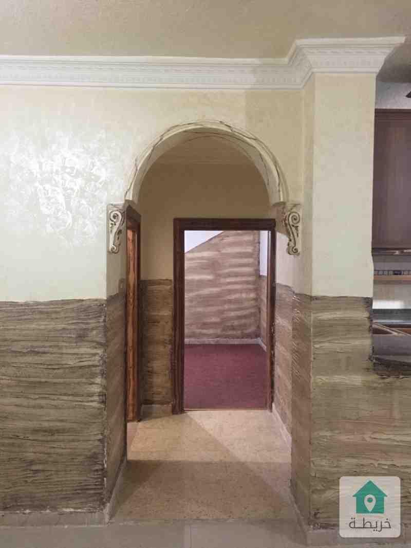 شقة شبه ارضي في ابو نصير للايجار