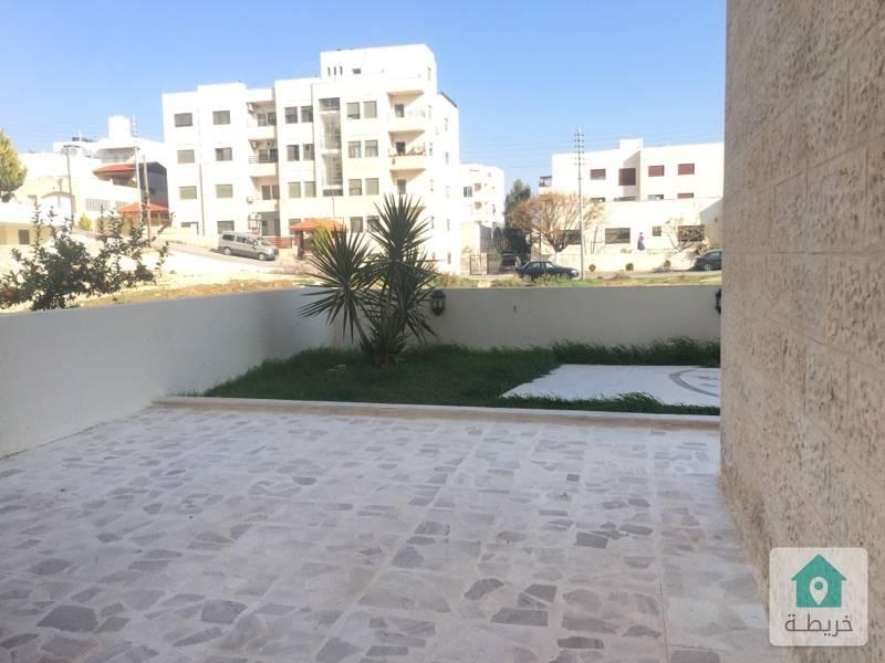 شقة تسوية مكشوفة ٢٠٠متر مع مساحة خارجية مرج الحمام بالقرب من دوار الجندي