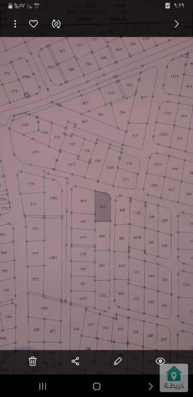 ارض للبيع في منطقة البيادر الرونق على شارعين بأجمل المواقع