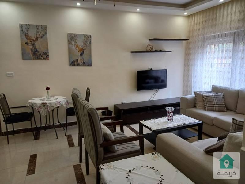 شقة مفروشة سوبر ديلوكس في عبدون ٨٠ متر وتراس ٨٠ متر