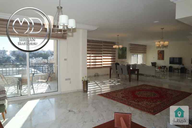 شقة طابقية فارغة للايجار عبدون مساحة 350م طابق ثاني سوبر ديلوكس تصلح للأجانب .