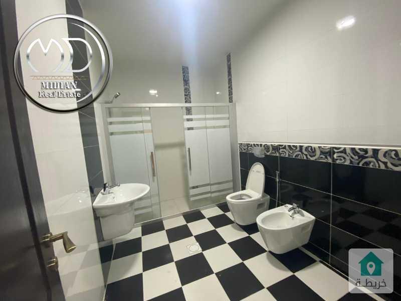شقة جديدة فارغة للايجار دير غبار مساحة 280م طابق اول تشطيب سوبر ديلوكس .