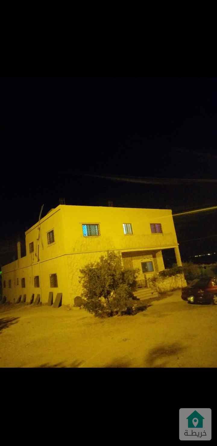 مزرعه مع بيت في الكرك غرب الياروت