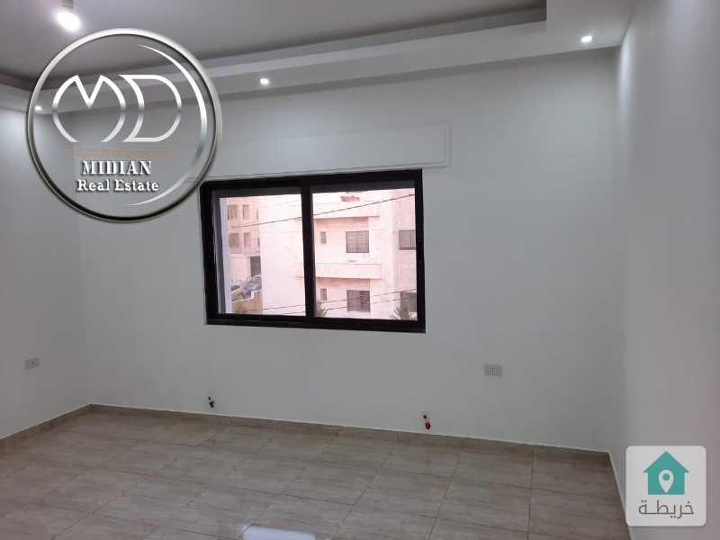 شقة شبه ارضي جديدة للبيع عرقوب خلدا مساحة 120م تشطيب سوبر ديلوكس بسعر مناسب