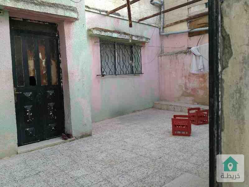 ام نوارة خلف مسجد الايمان قريبة من حديقة الملكة رانيا