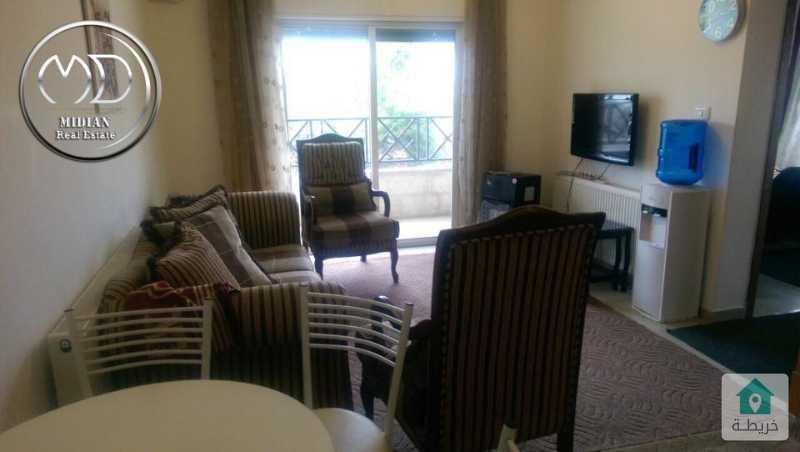 شقة مفروشة للايجار ام السماق مساحة 90م طابق ثاني بسعر مميز .
