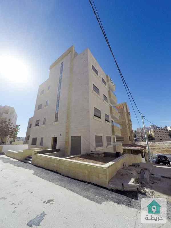 شارع الاردن قرب مستشفى الرويال ودوار الداخلية واستقلال مول بجانب ديوان ال السعودي