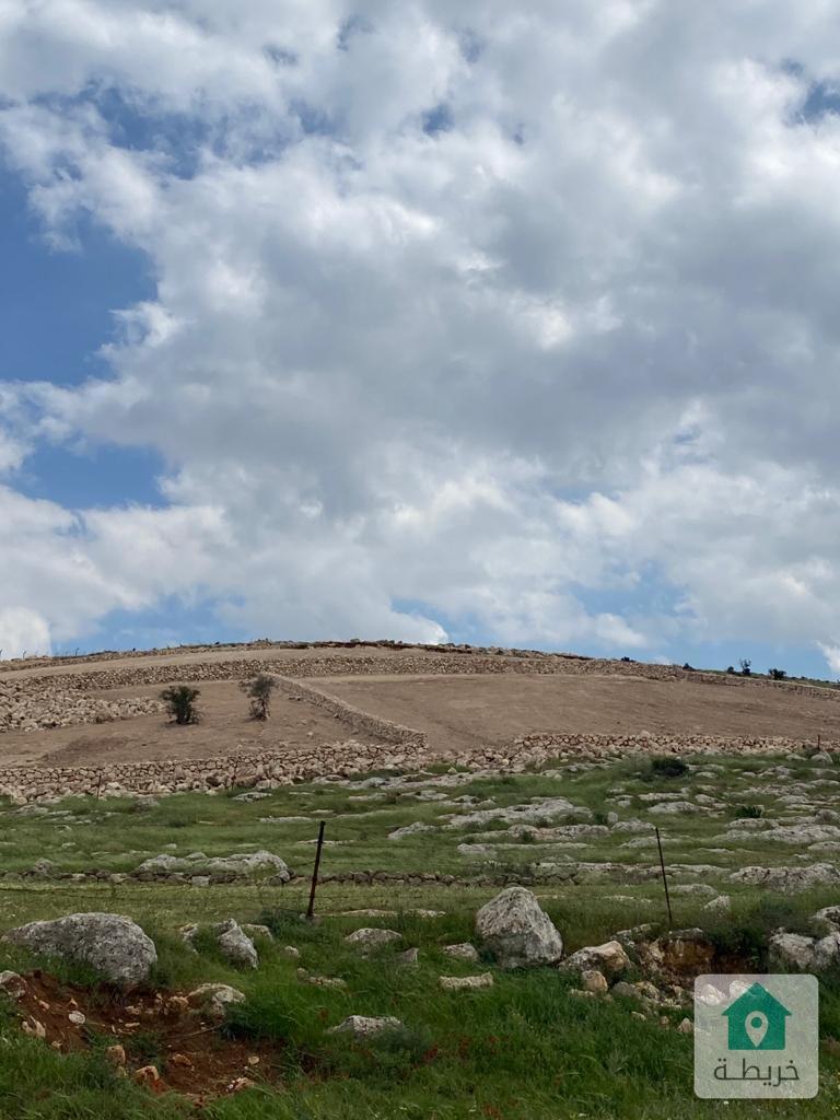أراضي مميزة للبيع طريق عمان جرش اطلاله رائعة منطقة فلل وشاليهات 3500م من المالك مباشرة