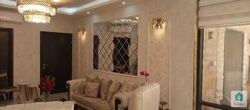 شقة طابقية للبيع في اجمل مناطق البنيات