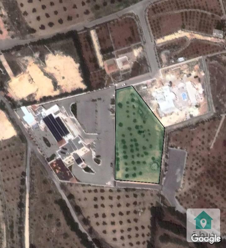 مزرعه مميزه مساحة 3806 م ملاصقه لمطعم سوار الياسمين