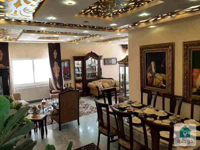 شقة فاخرة ومميزة جدا للبيع ضاحية الرشيد بسعر مغرى