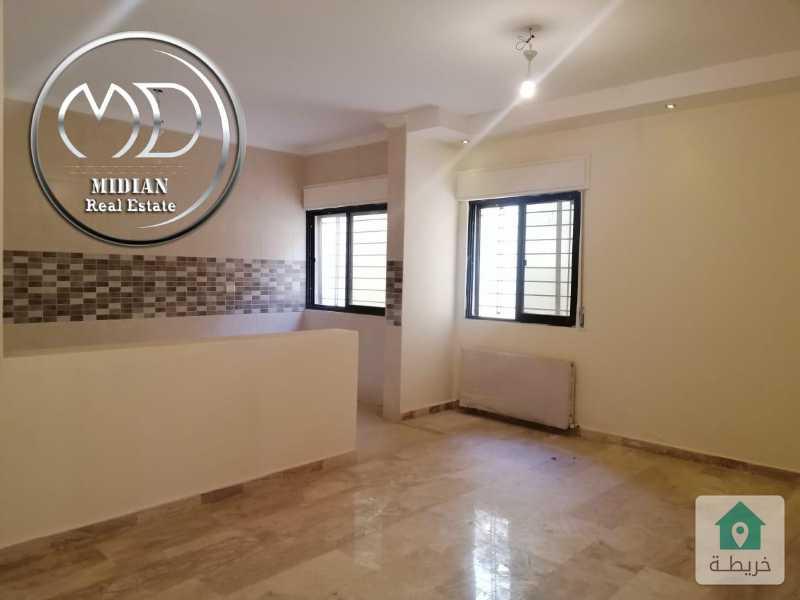 شقة شبه ارضي جديده للبيع ربوة دابوق مساحة 145م مع ترس 25م سوبر ديلوكس بسعر مناسب .