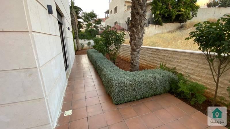 شقق طابقية فخمة للبيع  عمان - دابوق موقع حيوي قريب من الخدمات