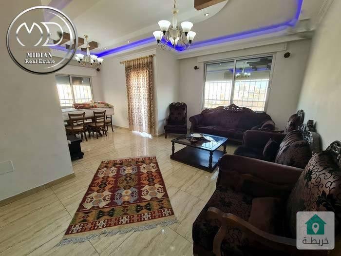 شقة مفروشة للايجار ام السماق قرب ورد مساحة 200م طابق اول بسعر  مناسب