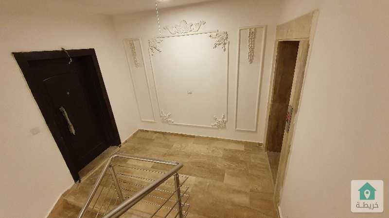 شقة طابقية في دابوق سوبر ديلوكس بسعر مغري جدا
