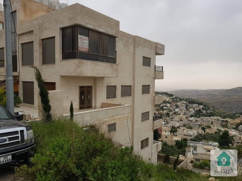 شقق طابقية مميزة للبيع شارع السلام / خلف كازية السلام