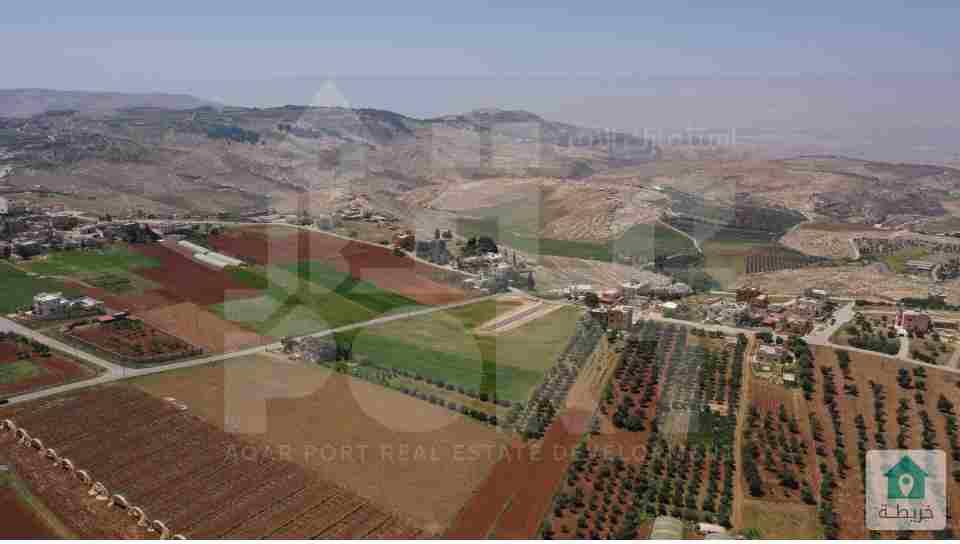 أرض مطلة للبيع في مادبا قرب الجامعة الألمانية من المالك مباشرة