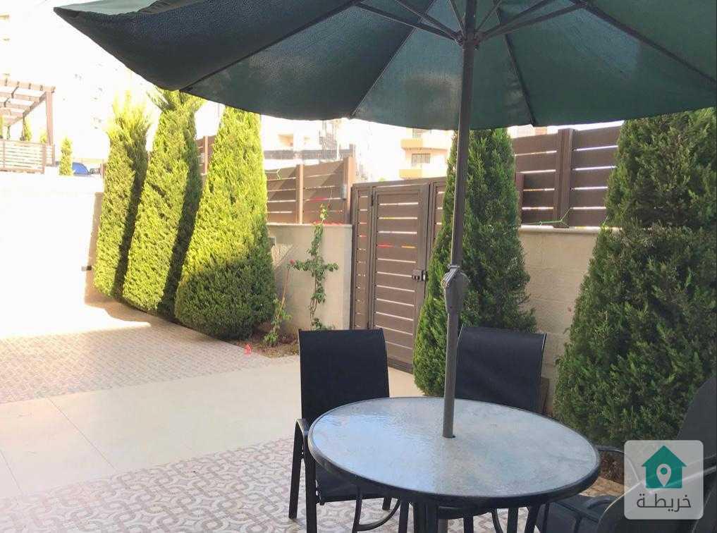 قرية النخيل شقة مميزة بتصميم مميز للبيع بسبب الهجرة