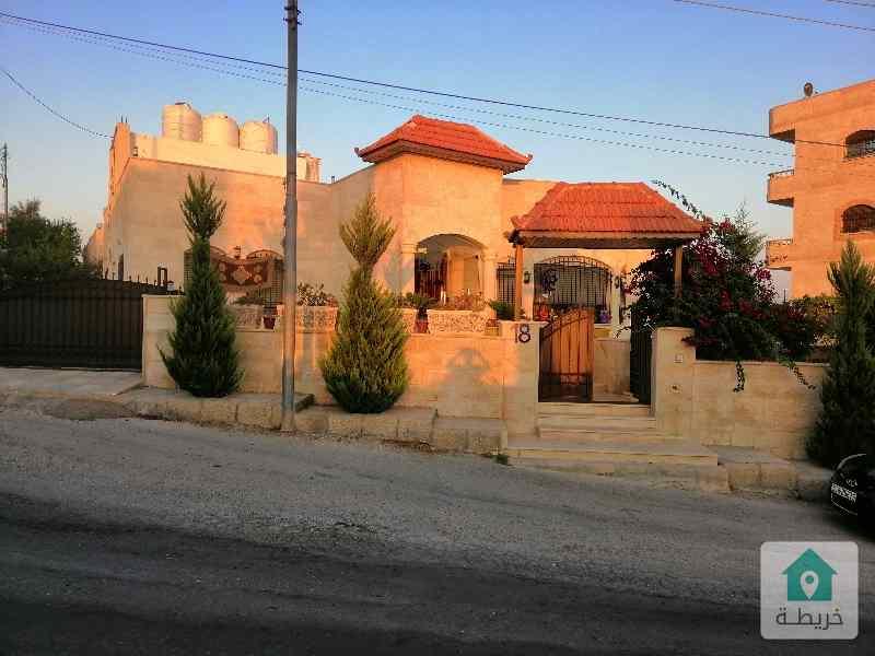 السلط شارع ٣٠ قرب مسجد الفردوس