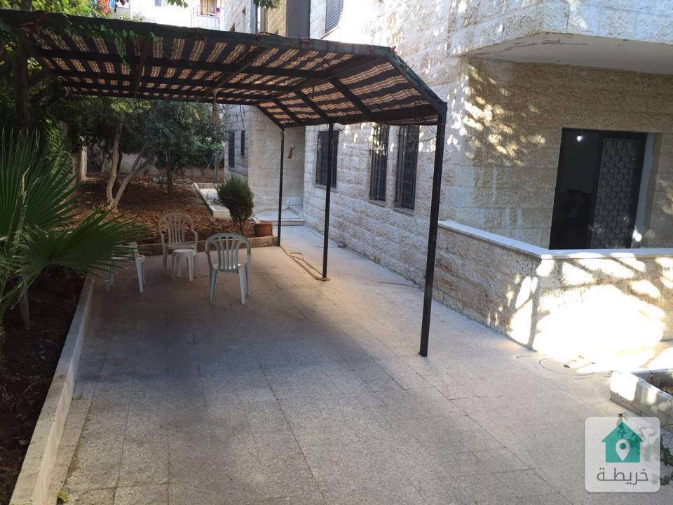 ضاحية الرشيد حي الروضة ارضية 170م مع حدائق وترسات 300م وكراج خاص بسعر مغري
