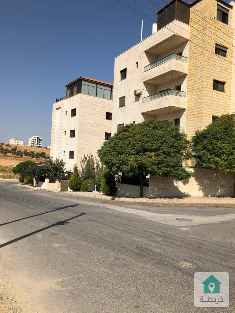 شقة شبه ارضي مساحة ١٥٠م في مرج الحمام بالقرب من اشارة الشوابكة