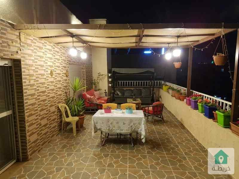 شقة طابقية للبيع في جبل الحسين مساحتها ٣٠٠ م تشطيبات سوبر ديلوكس