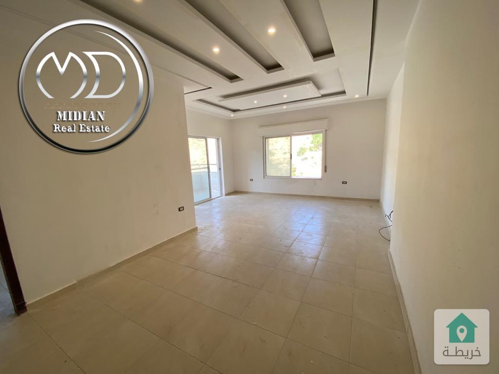 شقة ارضية جديده للبيع الكرسي مساحة 125م مع حديقة 100م سوبر ديلوكس وبسعر مميز